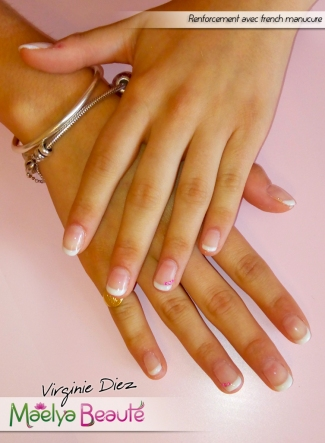 Renforcement ongles naturels french vernis semi-permanent